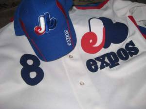 Expos hat and a jersey with Gary Carter's number 8,