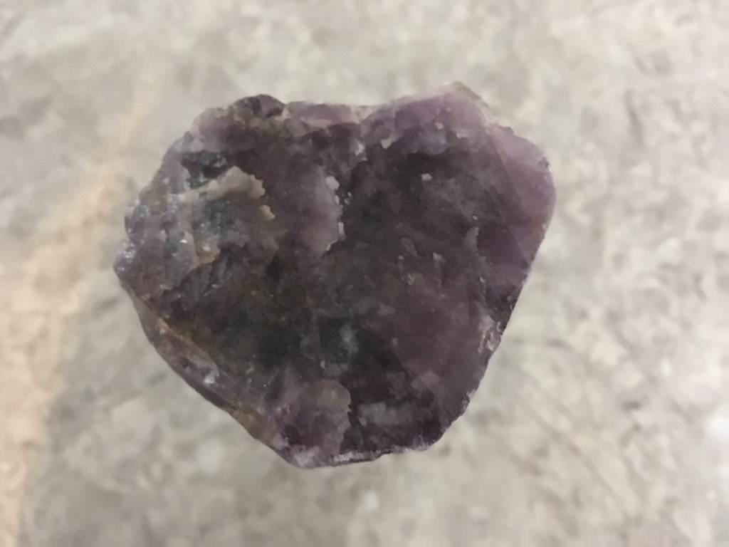 Heart-shaped amethyst